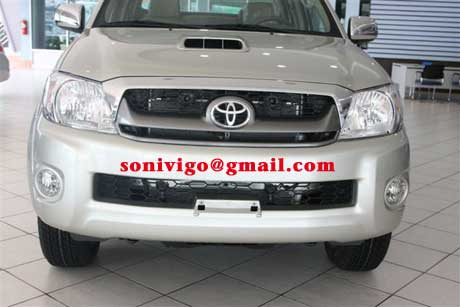 front view of 2010 2009 LHD Toyota Hilux Vigo