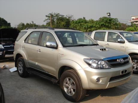 new and used Toyota Fortuner - Hilux Vigo based SUV at Thailand's and Dubai's top new and used Toyota Vigo and Toyota Fortuner dealer Soni Motors