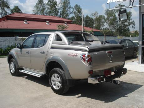 Images (Pics) of new and used Mitsubishi Triton from Thailand's and Dubai's top new and used Mitsubishi L200 2.5 and 3.2 Double Cab