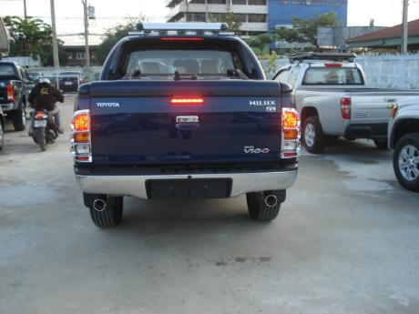 new Toyota Hilux Vigo Double Cab with Superlid at Thailand's top Toyota Hilux Vigo dealer Soni Motors Thailand