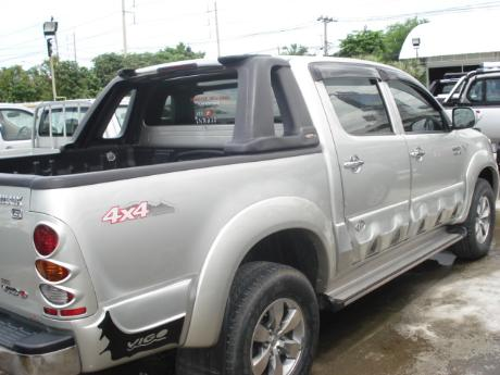 used Toyota Hilux VigoDouble Cab 4x4 G at Thailand's top Toyota new and used Hilux Vigo dealer Soni Motors Thailand
